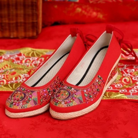 New Arrival Chinese Traditional Studs & Ribbon Wedding Wedges